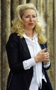 Dr Diana Kadetoff