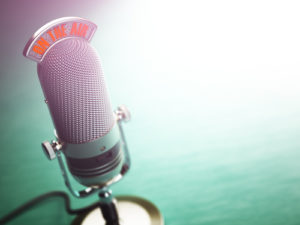 shutterstock_507302314-podcast